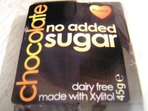 Xylitolilla makeutettu suklaa
